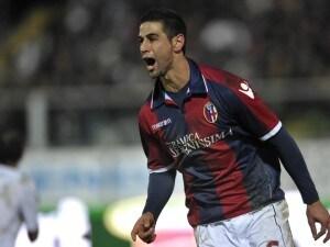 Miguel Angel Britos con la maglia del Bologna