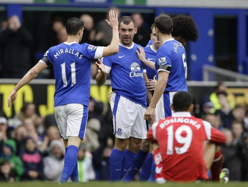 La gioia dei giocatori dell'Everton, dopo un gol al Goodison Park