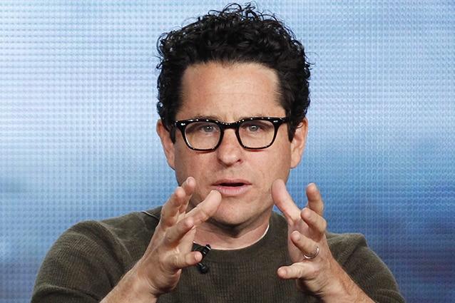 """Star Wars VII sarà diretto da JJ Abrams, lo annuncia """"The Wrap"""". Il creatore di Lost preferito a Ben Affleck. George Lucas: """"E' giunto il momento di affidare Star Wars ad una nuova generazione di registi""""."""