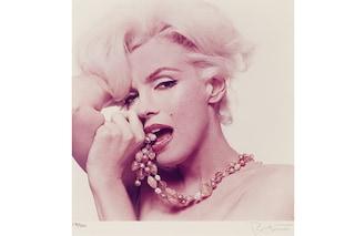 Nuovi scatti di Marilyn Monroe, sexy ed intima (FOTO)