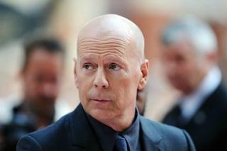 """Bruce Willis cacciato da un negozio perché senza mascherina: """"Ho sbagliato"""""""