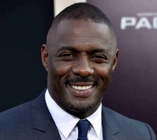 """Idris Elba positivo al Coronavirus: """"Sto bene, ma è una cosa seria, state attenti"""""""