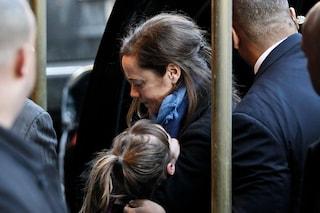 Mimi O'Donnell disperata alla veglia funebre per Philip Seymour (FOTO)