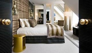 Karl Lagerfeld, stilista per il nuovo Sofitel So Hotel di Singapore
