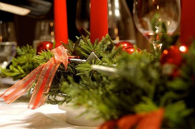 Decorazioni Da Tavola Per Natale : La tavola natalizia idee per decorazioni semplici ed eleganti