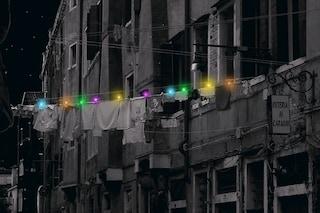 Mollette solari che illuminano le strade delle città: ecco l'invenzione di Idan Noyberg e Gal Bulka