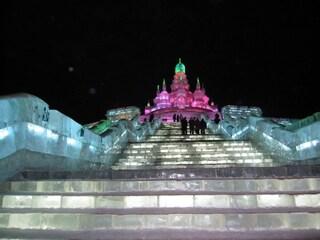 In Cina è tempo di incredibili sculture di ghiaccio