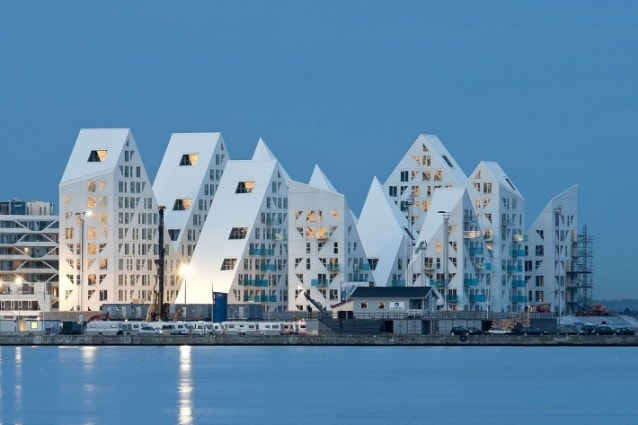 The Iceberg. Photo © Mikkel gelo