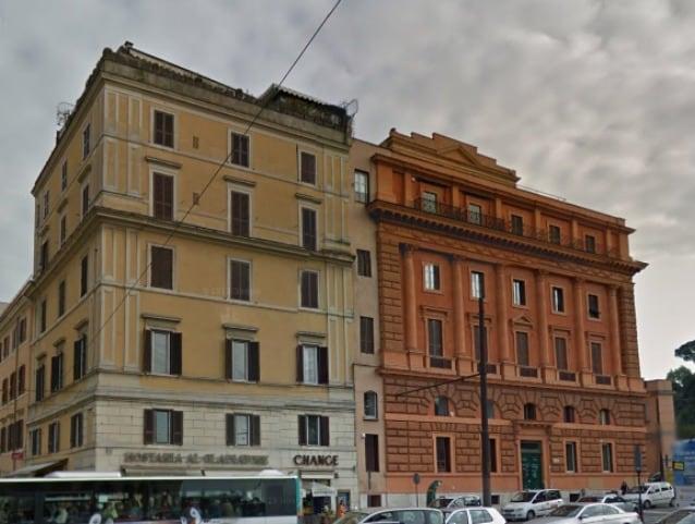 Palazzo anni Venti, roma