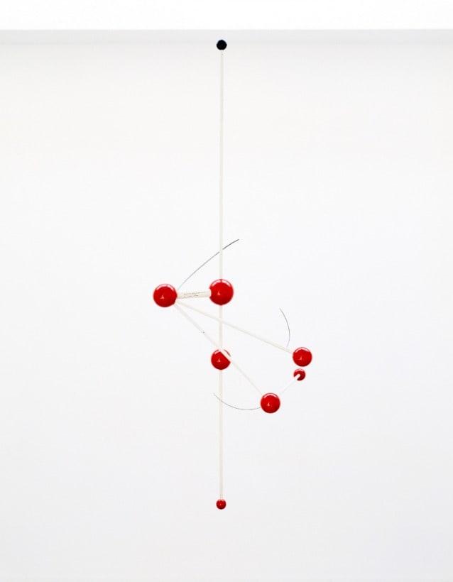B.Munari, Macchina aerea, 1959, legno acciaio e smalto, esemplare 5su10. Courtesy Fondazione J.Vodoz e B.Danese. Foto Roberto Marossi.jpg