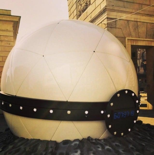 La sfera gigante a Milano by Instagram mcaccin