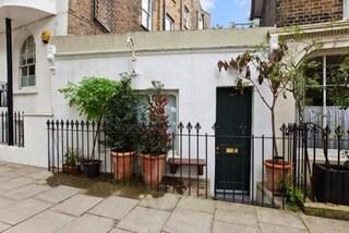 Londra, case in miniature a prezzi da capogiro