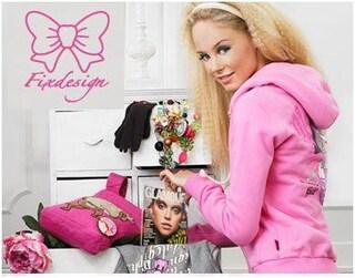 Fix Design, collezione p/e 2010: Hello Kitty e I sette Nani su felpe e tute