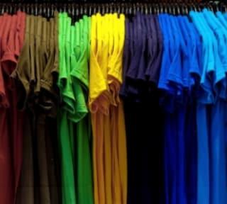 Come riciclare magliette vecchie: idee creative per usarle ancora