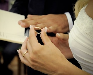 Perchè l'anello nuziale va indossato all'anulare