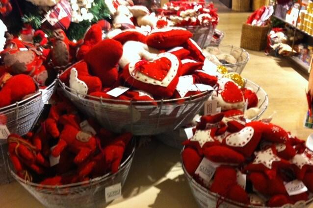 Decorazioni natalizie realizzate in stoffa