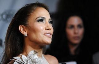 Una sensualissima Jennifer Lopez ai Glamour Awards 2011