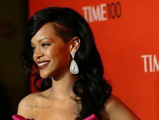Rihanna e il nuovo look al Gala del Time