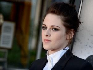 Il look di Kristen Stewart alla prima di biancaneve