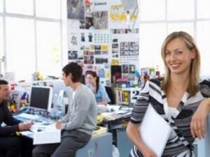 Fare ricerche di lavoro di soppiatto e non farlo sapere al capo, spesso può essere complicato. Con alcuni semplici accorgimenti si può trovare un nuovo impiego senza dare nell'occhio.