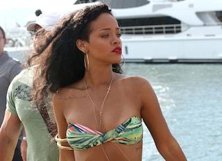 I look di Rihanna in vacanza in Italia
