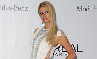 Paris Hilton apre una boutique a La Mecca. E' già polemica