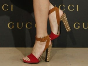 La moda delle scarpe rosse