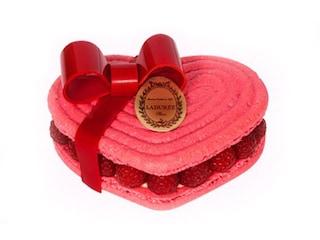 San Valentino, dolci fashion da regalare