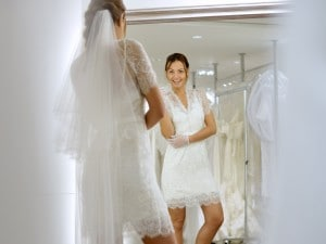 Abiti da sposa corti, ultimo trend per il matrimonio