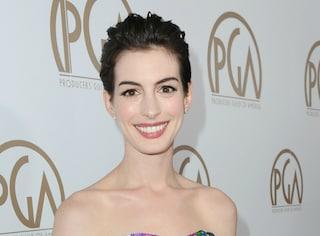 Anne Hathaway, i tagli di capelli della star (GALLERY)