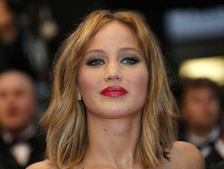 Jennifer Lawrence con un nuovo look sul tappeto rosso di Cannes