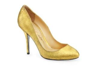 Le prime scarpe al mondo ricoperte d'oro 24 carati