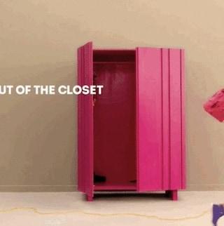 The Closet-l'armadio, uno spot indiano invita a fare coming out