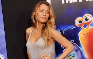 "Blake Lively infiamma la prima di ""Turbo"" con un sexy look (VIDEO)"