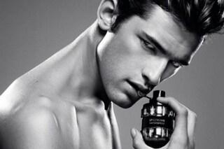 """""""Il mio profumo è per te"""", l'uomo sceglie le fragranze che catturano le donne"""