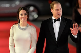 Kate Middleton in bianco alla prima del film su Mandela (FOTO)