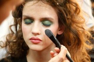 Il make up per capodanno è a prova di party: scopri come farlo durare a lungo!