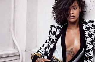 Rihanna sexy testimonial per Balmain (FOTO)