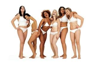 Che forma ha il tuo corpo? Scopri se sei pera, mela o clessidra!