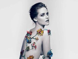 Kristen Stewart è cresciuta e si spoglia per Balenciaga (VIDEO)