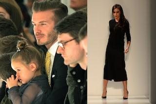 David Beckham e prole in prima fila per applaudire mamma Victoria (VIDEO)