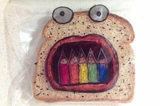 """Il papà artista che ogni giorno """"disegna"""" un panino per i suoi figli (FOTO)"""