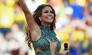 Mondiali 2014: Jennifer Lopez sbaglia look alla cerimonia d'apertura in Brasile (FOTO)
