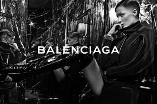 Gisele Bundchen rasa i capelli per la nuova campagna di Balenciaga (FOTO)