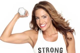 Rassoda le braccia con gli esercizi da fare a casa tua e i rimedi naturali