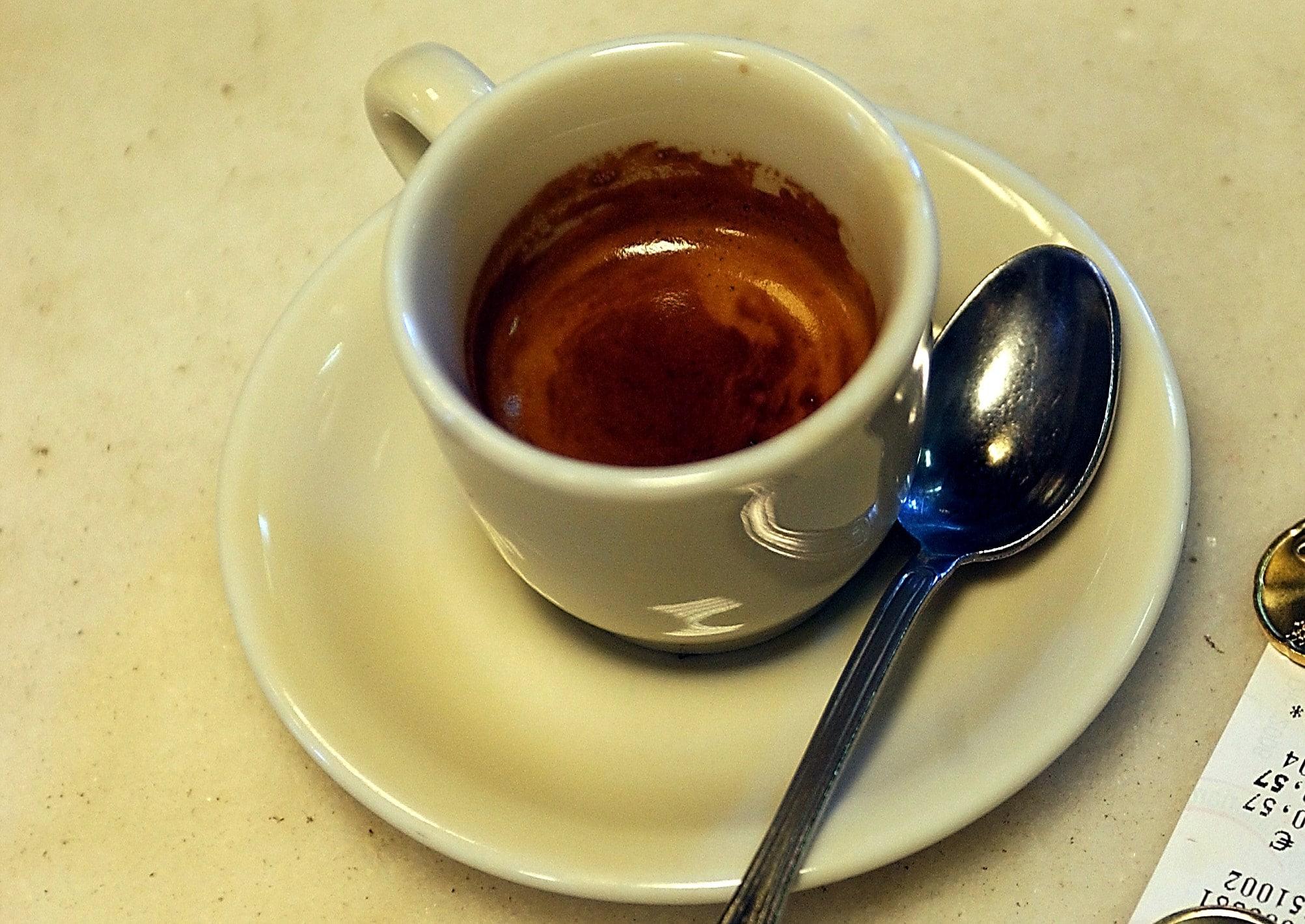 puoi bere caffè con latte a dieta