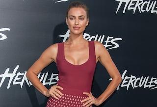 "Irina Shayk, scollatura hot alla prima del film ""Hercules"" (FOTO)"