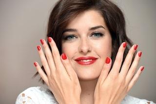 Smalto a lunga durata: tutti i prodotti per avere unghie perfette anche in estate