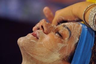 Attenzione agli scrub viso: se troppo aggressivi rovinano la pelle