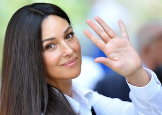 Monica Bellucci, 50 anni di una Diva in 50 look (FOTO)